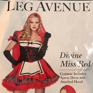 NEVER WORN DIVINE MISS RED HALLOWEEN COSTUME